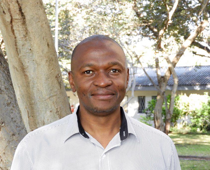 Mr Thembi Ndingadi